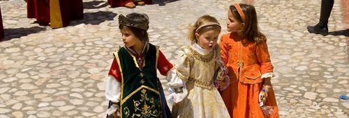 Fiestas del verano en el portal turístico valenciano