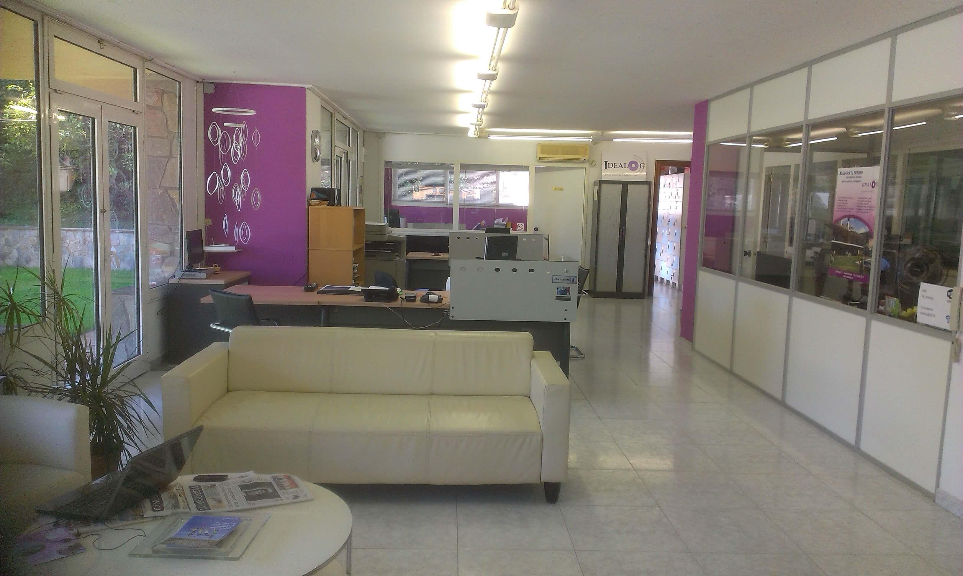 idealog casa hall reception area