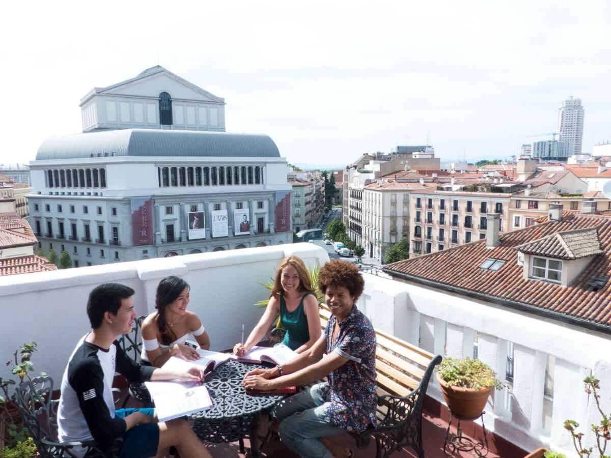 terraza centro madrid plus