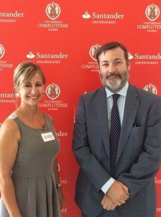 Mari Carmen Timor se reúne con el Secretario General de Instituto Cervantes en el Escorial