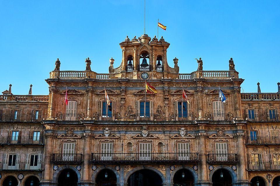 Firmado un convenio para ensalzar a Salamanca como destino de turismo idiomático